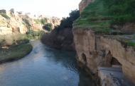 میزان آب بستر اصلی رودخانه کرخه نصف شده است