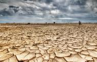 تشکیل کانون گردوغبار نتیجه برداشت بی رویه آب زیرزمینی است