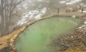 چشمه های آب گرم لاریجان