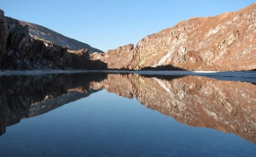 گنبد نمک قم؛ تنها گنبد متقارن جهان با دریاچه نمکی در دل آن