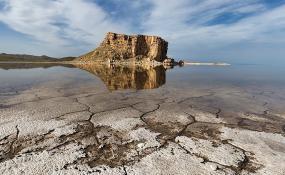 تمایلی برای انتقال آب وان به دریاچه ارومیه نداریم