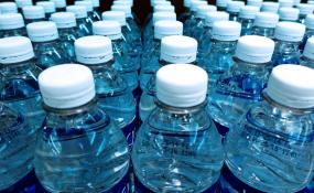 """موج غیر استاندارد بودن آبهای بستهبندی/ استاندارد جعلی """"به آب – آکوا آلتورا"""""""