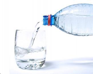 ۶۰درصد کشور با کمبود آب مواجه است/ واردات آب در دست پیگیری